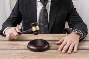 peraturan penggunaan gadget-lawyer